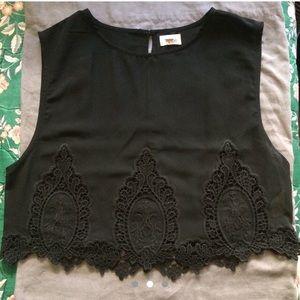 Medium black lace edge top
